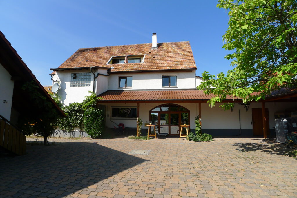 Weingut Hummel Sept. 2012 Stammhaus vorne